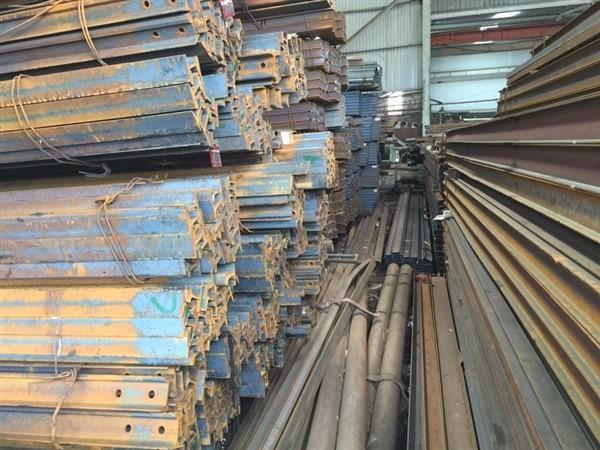 26. Giá sắt ray P11; P15; P18; P24; P38; P43 năm 2020..jpg