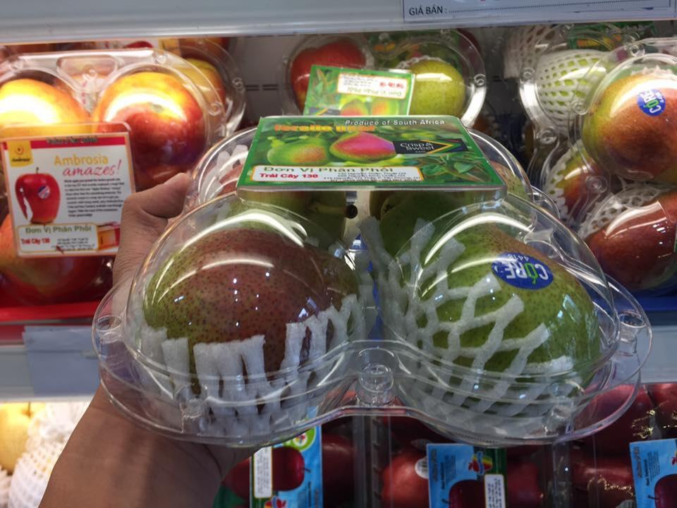 4 trái táo.jpg